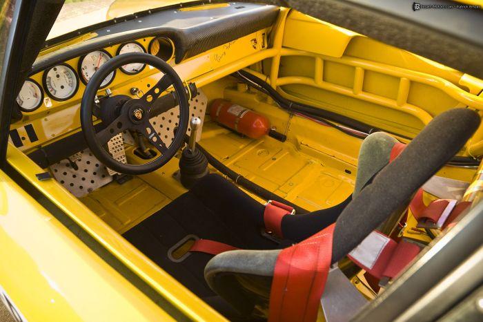 1973 porsche 911 rsr iroc race car 1973 porsche 911 rsr iroc race car interior desert motors. Black Bedroom Furniture Sets. Home Design Ideas
